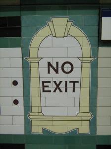 Sign_in_London_Underground_07